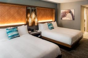 Guest Room with Two Double Beds, Seattle Airport Marriott