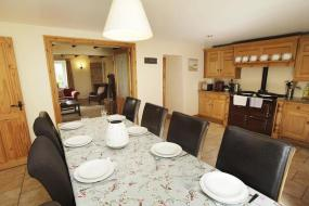 Six-Bedroom Holiday Home, Bull Croft Cottage, Oxwich