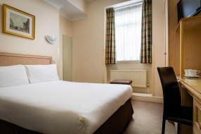 Double Room, Henry VIII