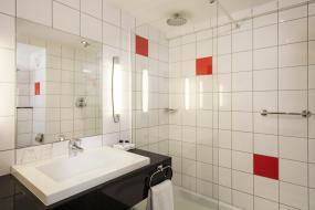 Standard Guest Room, Park Inn by Radisson Northampton Town Centre