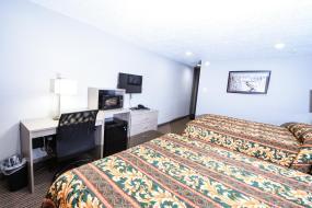 Queen Room with Two Queen Beds, Belcaro Motel