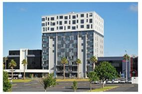Two-Bedroom Apartment, Your Central Manukau Hub