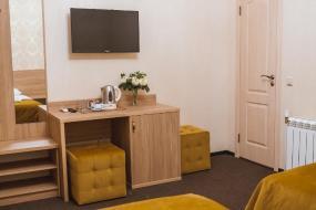 Двухместный номер с 1 двуспальной или 2 отдельными кроватями, без окна, SedINN Hotel