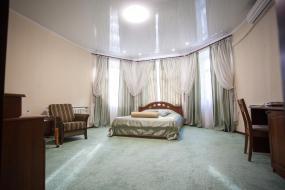 Улучшенный двухместный номер с 1 кроватью, Отель Алиса