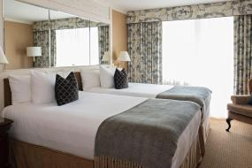 One-Bedroom Suite with Two Double Beds, Wedgewood Hotel & Spa - Relais & Chateaux