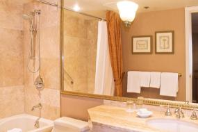 Junior Suite, Wedgewood Hotel & Spa - Relais & Chateaux