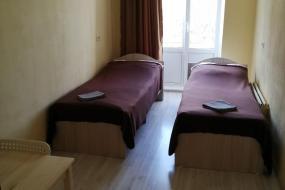 Двухместный номер с 2 отдельными кроватями и балконом, SPACE Aparts and Rooms