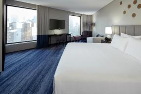 Corner King Room with City View, DoubleTree By Hilton Montreal