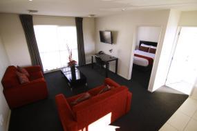 Executive One-Bedroom Apartment, Metropolitan Motel on Riccarton