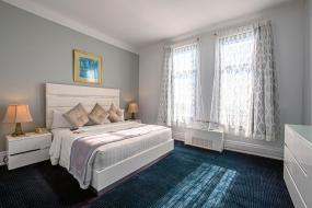 Номер с кроватью размера «king-size», Congress Plaza Hotel Chicago