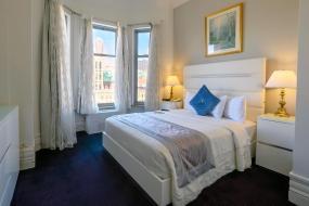 Номер с кроватью размера «queen-size», Congress Plaza Hotel Chicago
