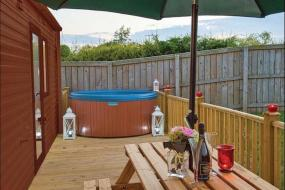 Holiday Home 5, Little Eden Country Park, Bridlington with Private Hot Tubs Available