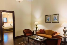 Deluxe Suite, Maidens Hotel New Delhi