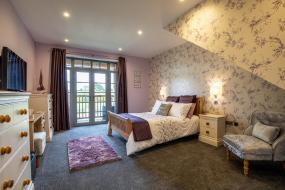 Deluxe Double Room with Balcony, Charlton court