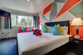 Double or Twin Room with City View, Silver Fern Lodge