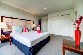 Three-Bedroom Apartment, Silver Fern Lodge
