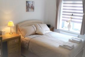 Double Room with Private External Bathroom, Chadwick B&B