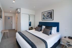 Hotel Room, Ramada Queenstown Central