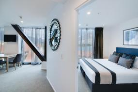 Studio Apartment Lake View, Ramada Queenstown Central