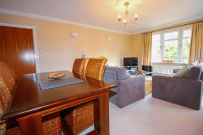 Two-Bedroom Apartment - 2E Traquair, Turnberry Apartments