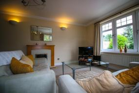 Two-Bedroom Apartment - 3E Abbotsford, Turnberry Apartments