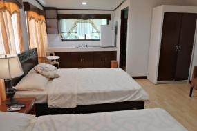 Quadruple Room with Sea View, LEHNS Hotel & Apartments