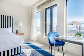 Suite with Balcony and City View, Monsieur Jean, Vieux Québec