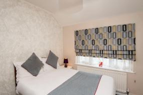 Deluxe Double Room, OYO Vale Lodge