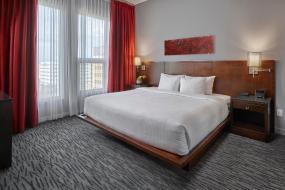 Deluxe Suite, Matrix Hotel