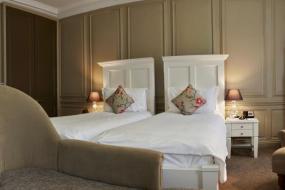 Superior Twin Room, Vanbrugh House Hotel