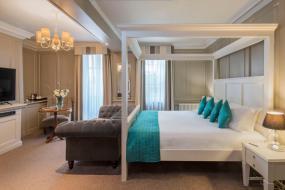 Premier Suite, Vanbrugh House Hotel