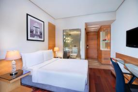 Deluxe Double Room with Balcony, Radisson Blu Marina Hotel Connaught Place