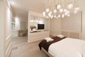 King Suite, Crowne Plaza St. Petersburg-Ligovsky