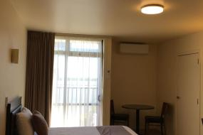 Triple Room with Shower, City of Sails Motel