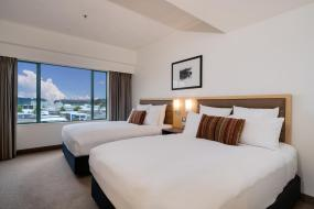 Superior Twin Room with Two Double Beds, Novotel Rotorua Lakeside