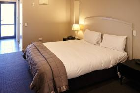 Deluxe Double or Twin Studio with Spa Bath, Azena Suites & Apartment