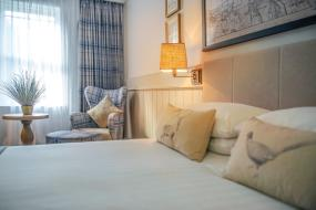 Superior Double Room, Wotton House