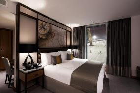 Deluxe King Room with River View, Intercontinental London - The O2