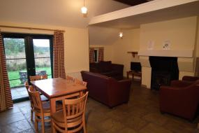 Two-Bedroom Cottage, An Creagán Self Catering Cottages