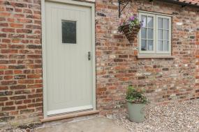 One-Bedroom Holiday Home, Primrose Cottage, Hull