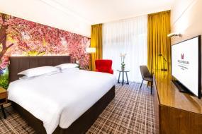 Deluxe Double Room, Millennium Gloucester Hotel London