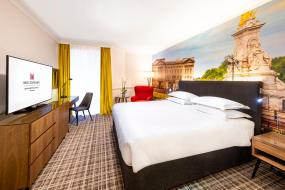 Deluxe King Room, Millennium Gloucester Hotel London