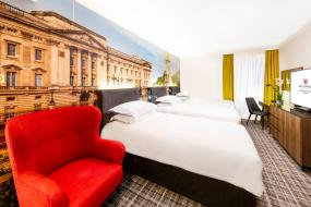 Deluxe Triple Room, Millennium Gloucester Hotel London