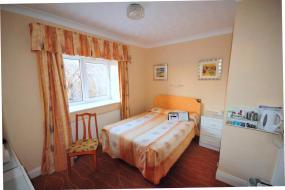 Budget Double Room, The Devoncourt Resort