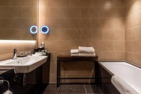 Club King Room with Lounge Access, Intercontinental London - The O2