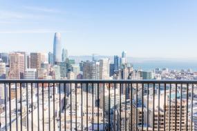 Номер с 2 двуспальными кроватями, балконом и панорамным видом на город, Hilton San Francisco Union Square
