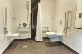 Double Room - Disability Access, Holiday Inn Northampton West M1 Junc 16