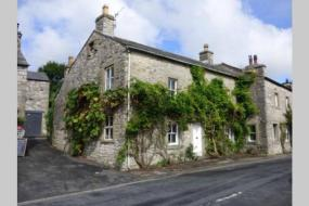 Three-Bedroom House, **New for 2020** Recently Renovated Stunning Cottage with Log Burner