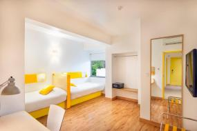 Standard Twin Room, bloomrooms @ Janpath