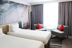 Superior Twin Room with Sofa Bed, Novotel York Centre